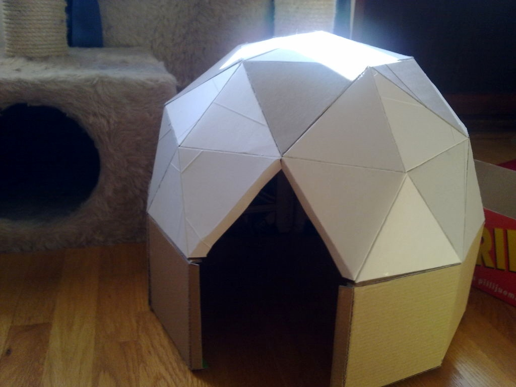 Diy cat dome hide for Make a cat bed out of a box