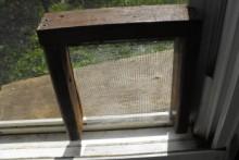 DIY-Cat-Door