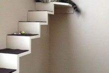DIY-Cat-Staircase-Wall
