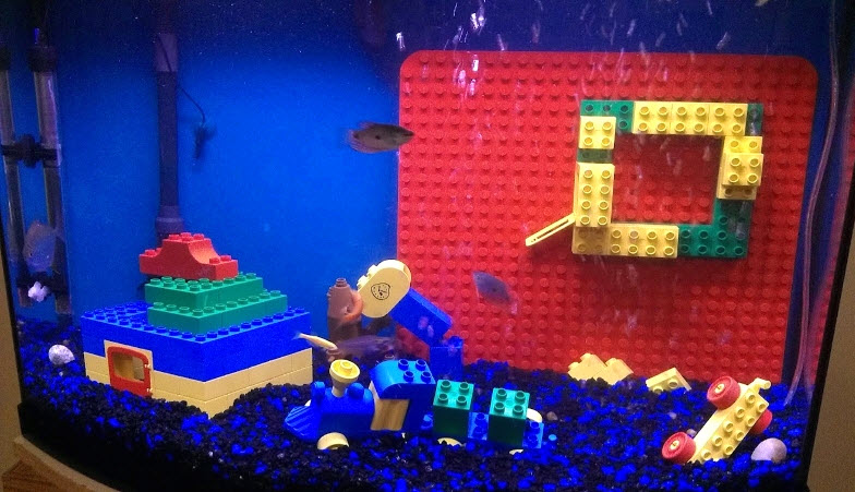 Diy lego aquarium decor for Aquarium decoration diy