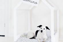 DIY-Doghouse-Frame-Bed