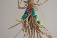DIY-Raffia-Shredding-Toy