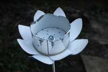 Tin-Can-Flower-Bird-Feeder