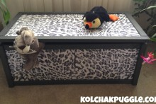 DIY-Upholstered-Wood-Toy-Box
