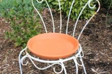 DIY-Chair-Birdbath