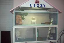 DIY-Dollhouse-Lizard-Cage