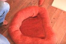 DIY-Sweater-Cat-Bed